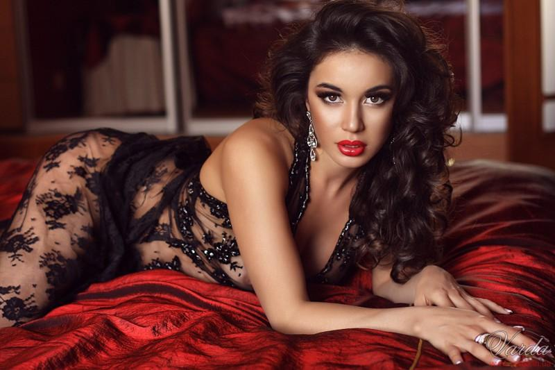 Сексуалние девушки армянски