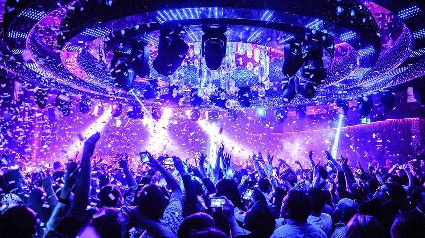 работа в ночном клубе для девушек в москве
