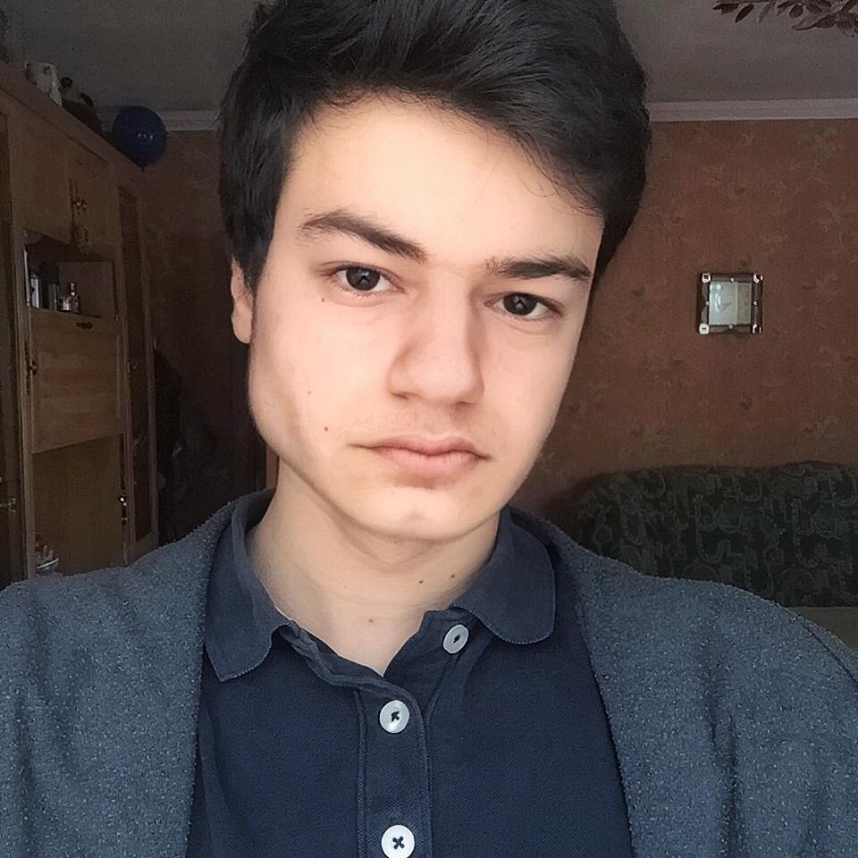 Андраник Григорян