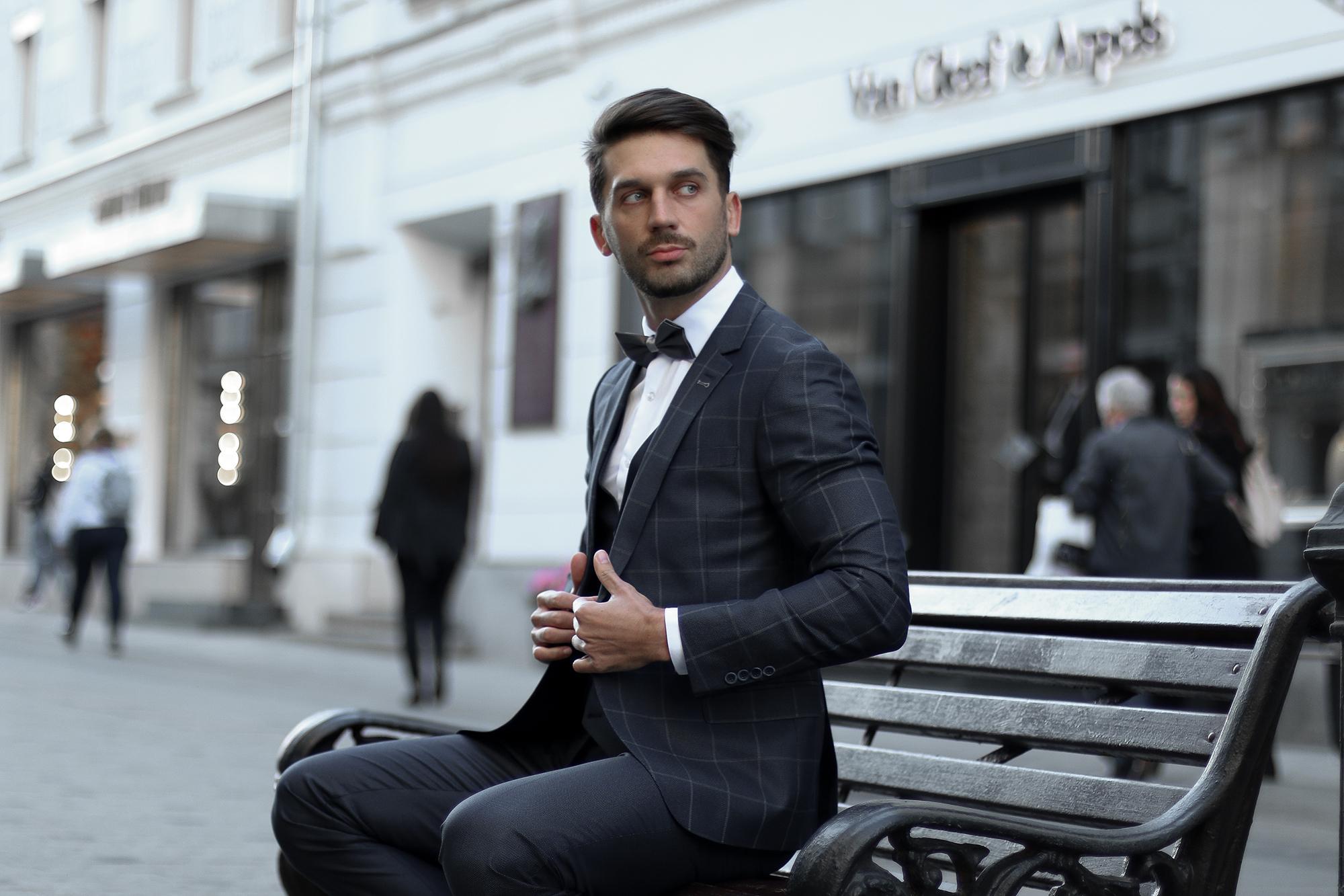 Съемка лукбука для бренда мужских костюмов