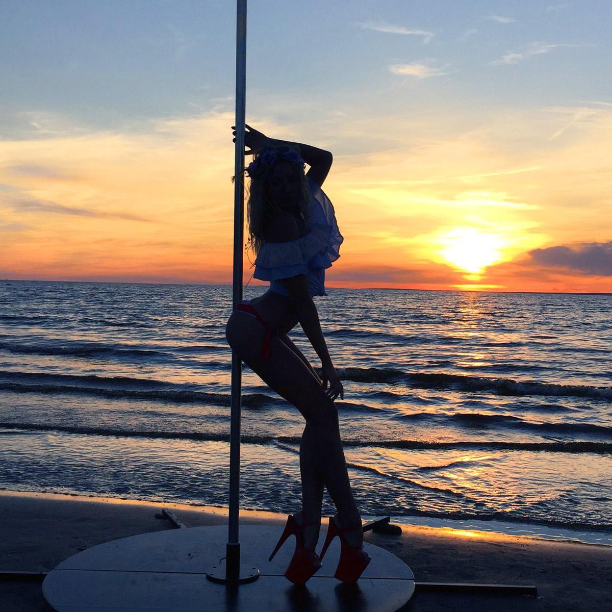 Вакансии для танцовщиц: Карибы, Кейптаун, Макао, Мексика, США