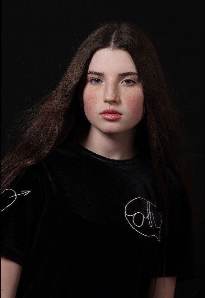 Работа девушке моделью макарьев виктория косенко