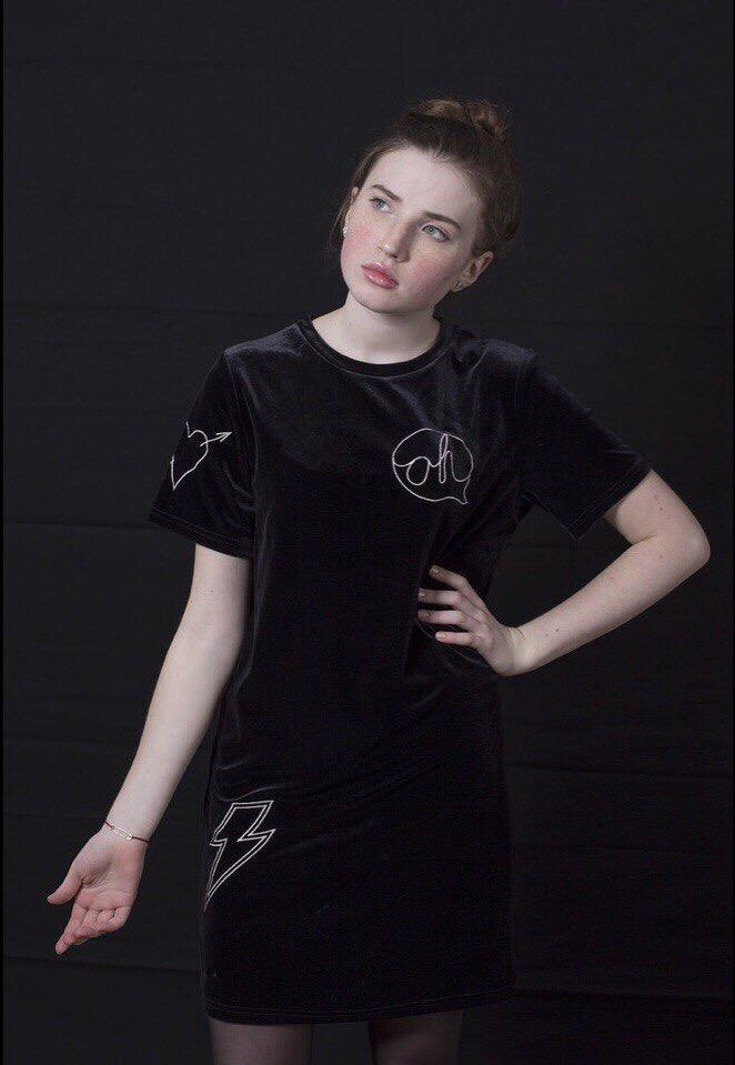 Работа девушке моделью макарьев работа онлайн камызяк