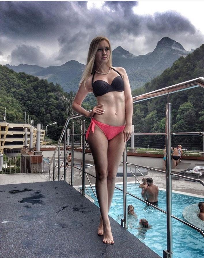 Анна Блонд