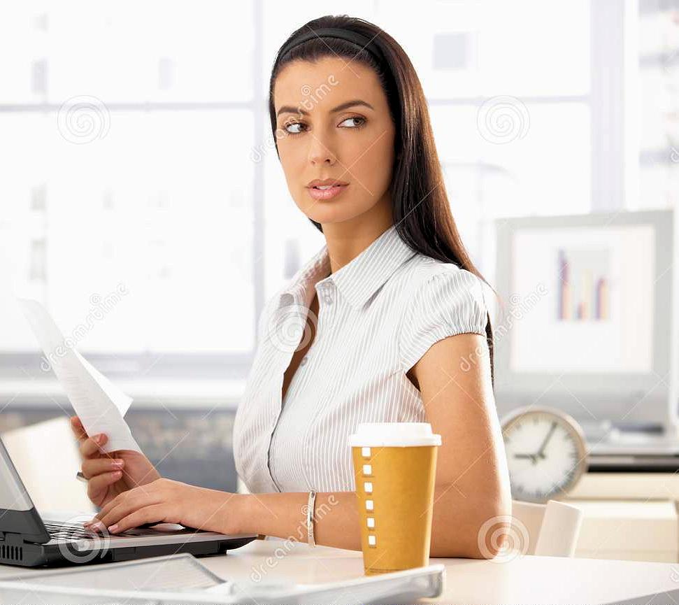 В медиа теле - центр требуется секретарь на неполную занятость.