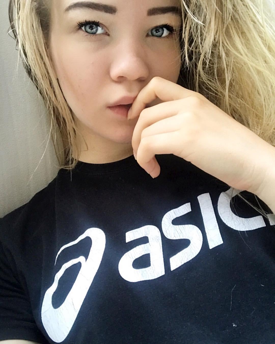 Якушенкова