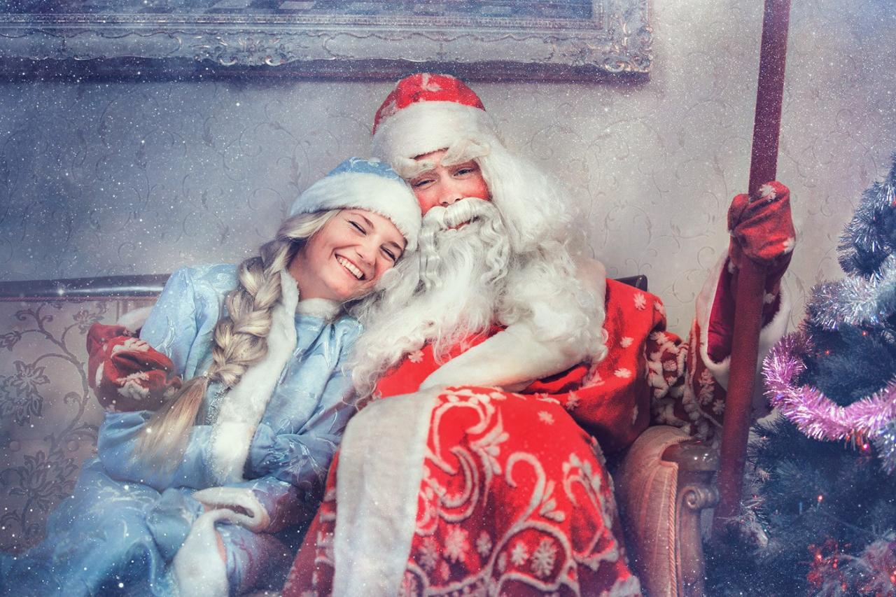 Близится Новый год, набор Снегурочек и Дедов Морозов открыт!