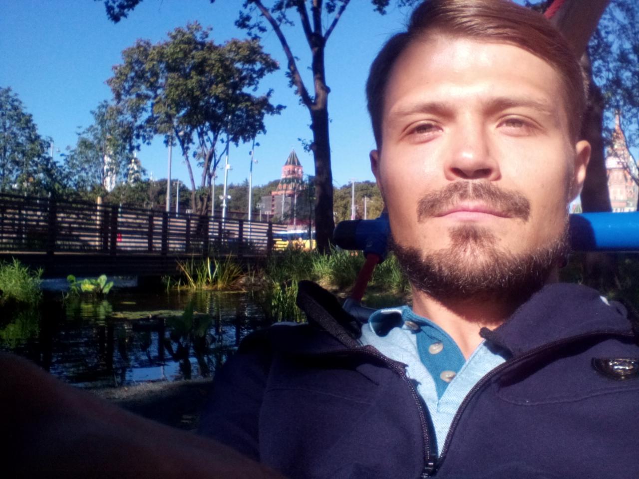 Марков Евгений
