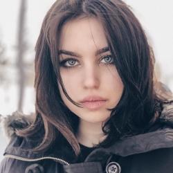 Полина Белая