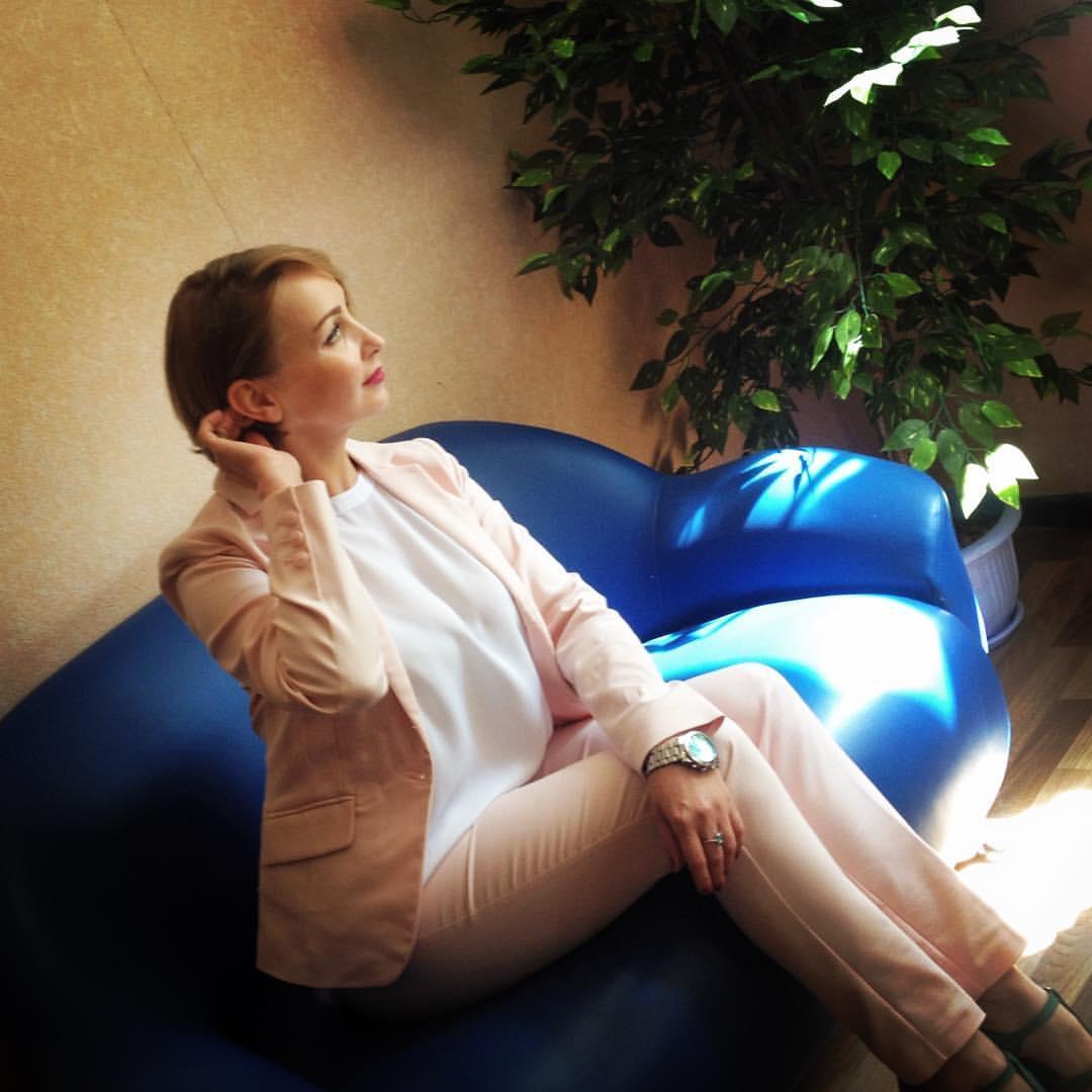 расположен въезде актриса наталья селиванова фото что