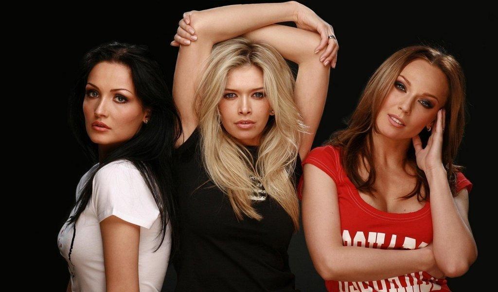 Девушки в поп-группу