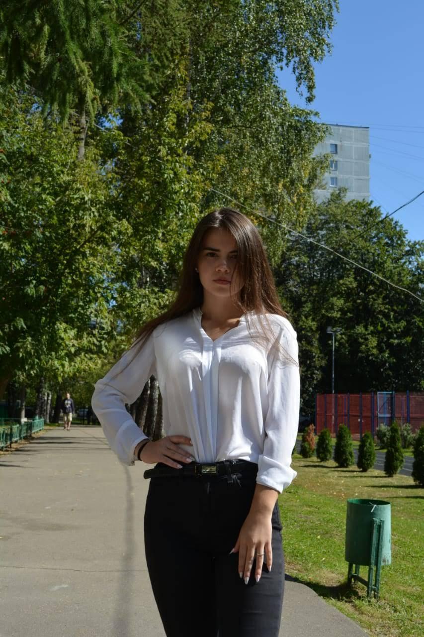Шаповалова Вероника