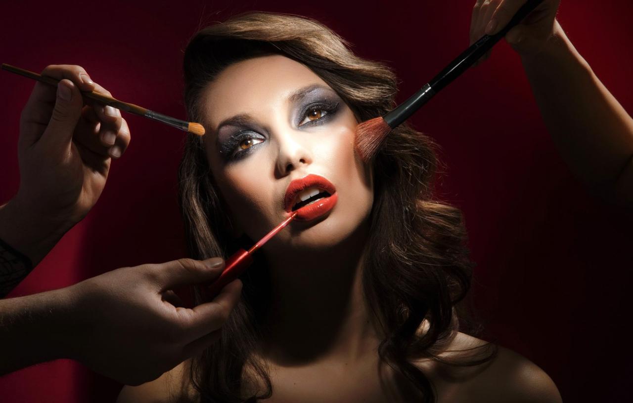Для съемок рекламной кампании салона красоты требуются девушки.