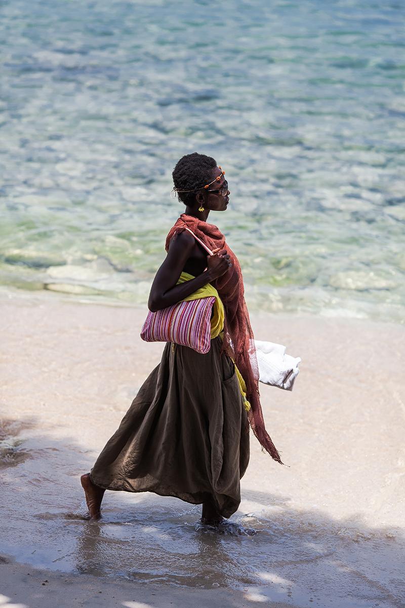 Чернокожая девушка для портретной фотосъемки