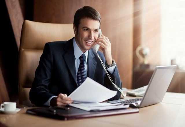 Менеджер, мужчина 30-35 лет