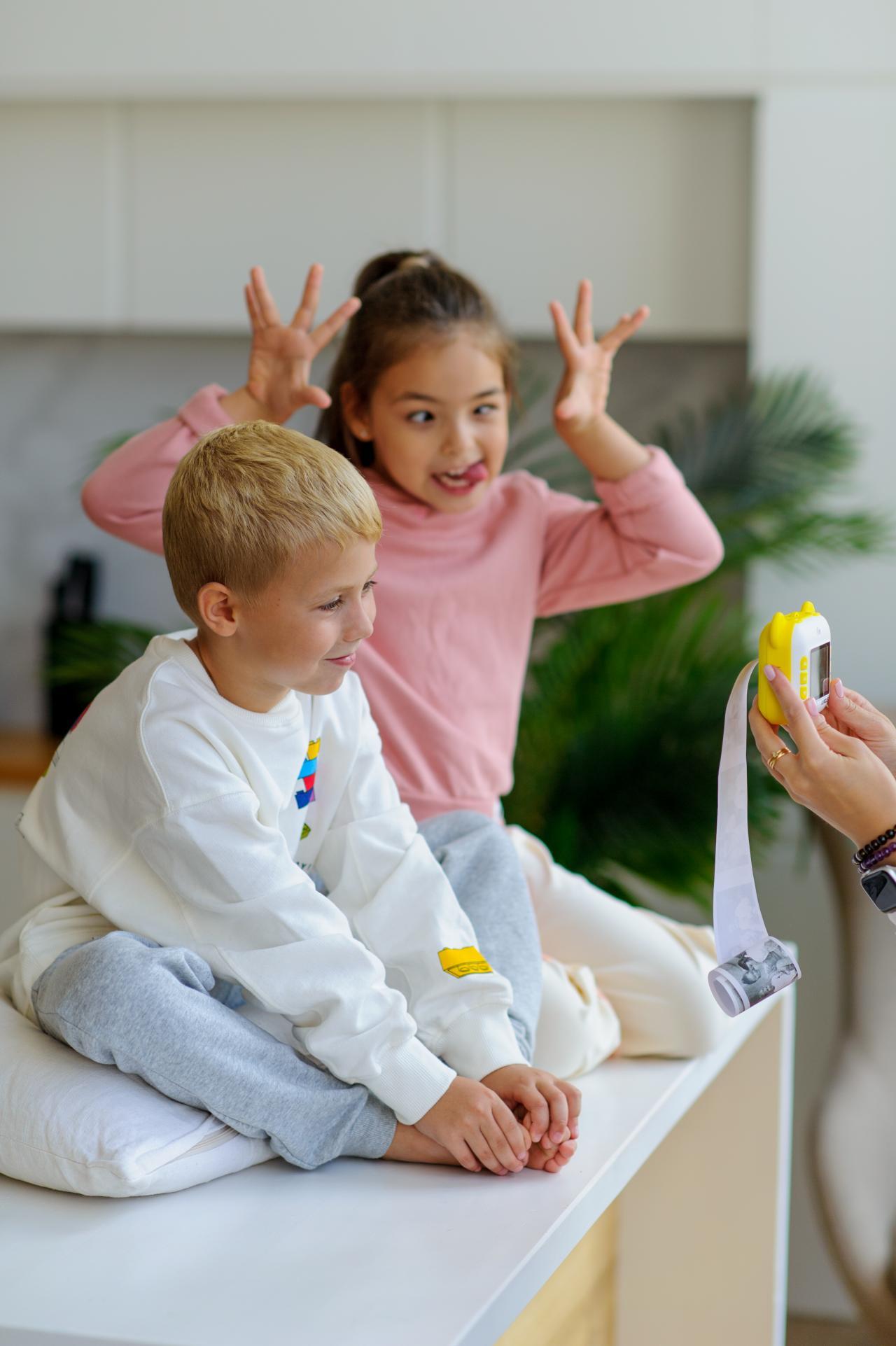 Дети (2-5) Новогодняя фотосессия с подарками
